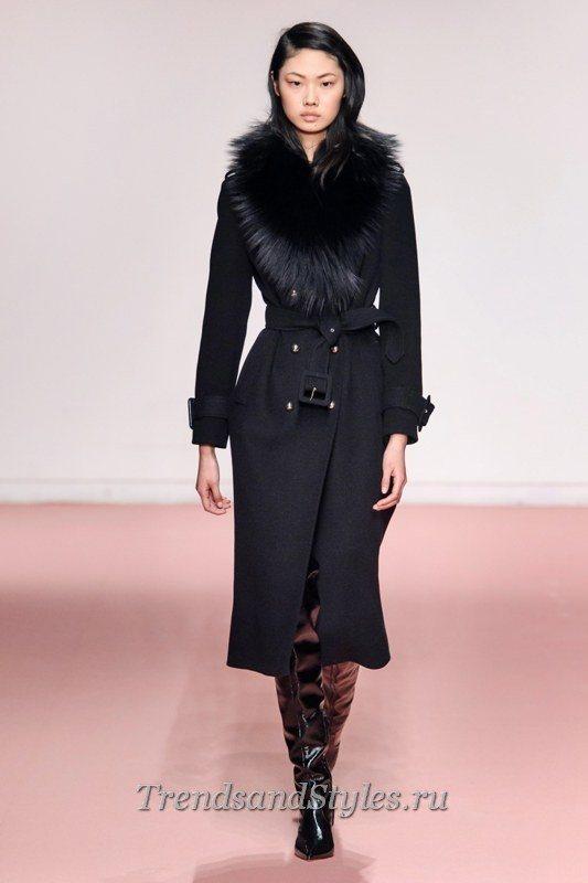 черное пальто с мехом 2020-2021