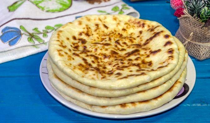 Хачапури на сковороде на кефире быстрый и вкусный рецепт либо скалкой, большую