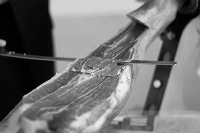 Как нарезать и подать хамон