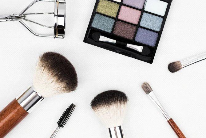 Как правильно краситься