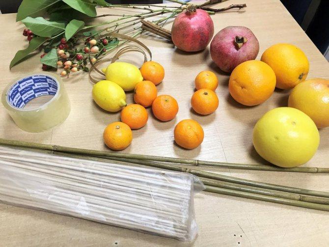 Мк букет из фруктов: инструменты и материалы