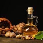 Орехи богаты витамином e, который выводит лишний холестерин из организма и защищает сосуды от холестериновых бляшек