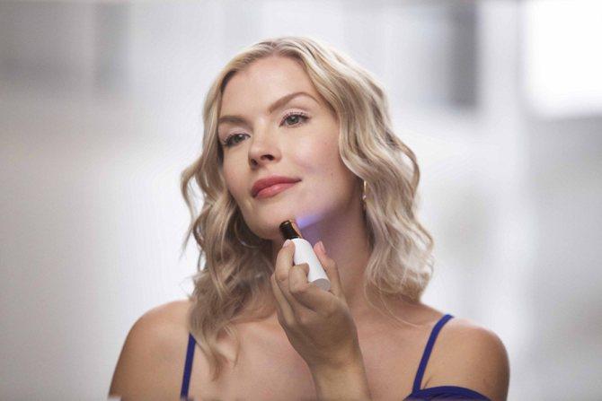 Причины волос на лице у женщин