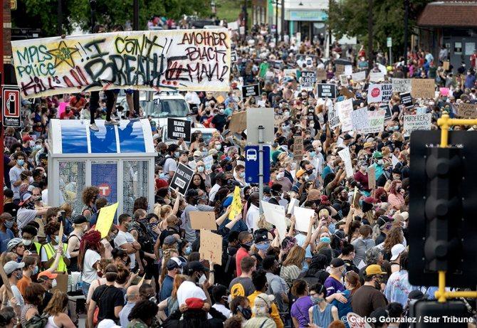 протесты в США Фото Carlos Gonzalez/Star Tribune/twitter