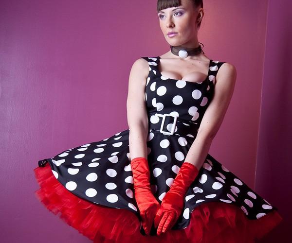 пышные платья красное