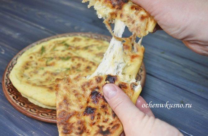 Рецепт быстрые хачапури с сыром на кефире и сухой сковороде - язык можно проглотить!