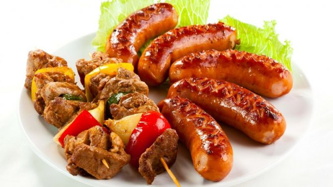 Шашлык и колбаски