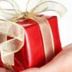 Сюрприз и оригинальный подарок на день рождения подруги: чем удивить и порадовать любимую подружку?