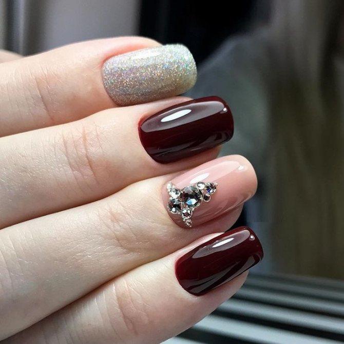 Ультрамодный глянцевый дизайн ногтей гель лаком 2020 фото