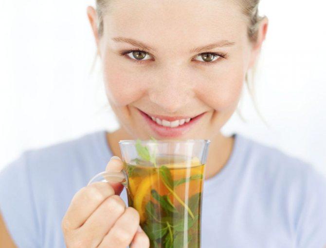 Зеленый чай с жасмином хорошо укрепляет зубы