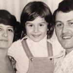 Жанна Бадоева в детстве с родителями